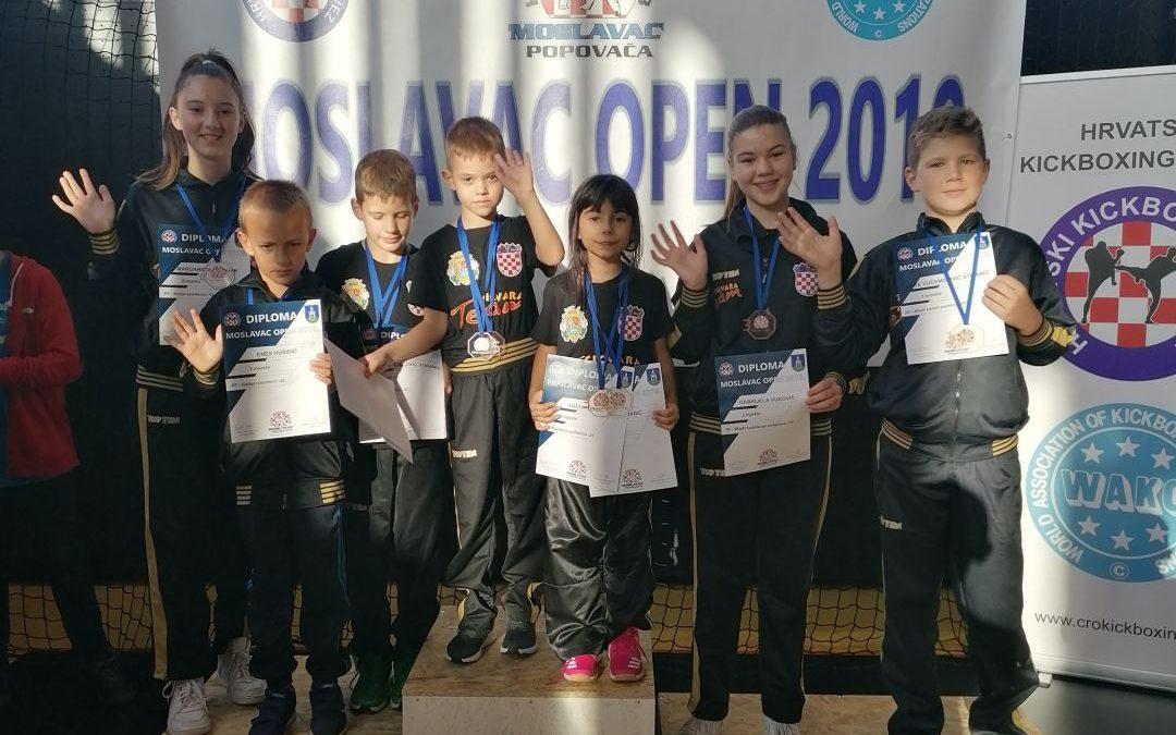 Ante Vučemilović Stipanić i Lucija Babić zlatni, Tigrovima na međunarodnom turniru u Popovači ukupno 2 zlata 4 srebra i 4 bronce